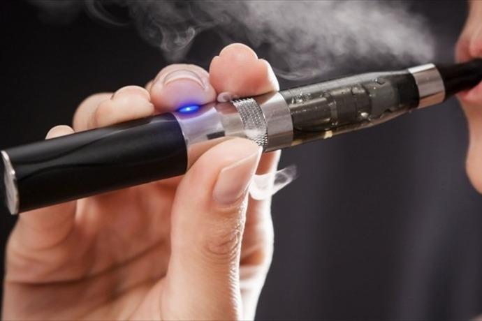 e-cigarettes_-1627734375914715806