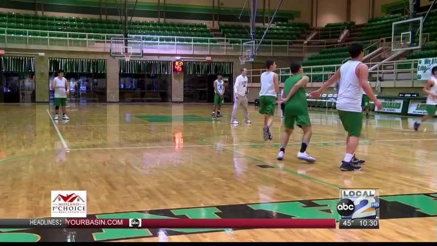 Mic-d Up- Monahans Boys Basketball_30814095