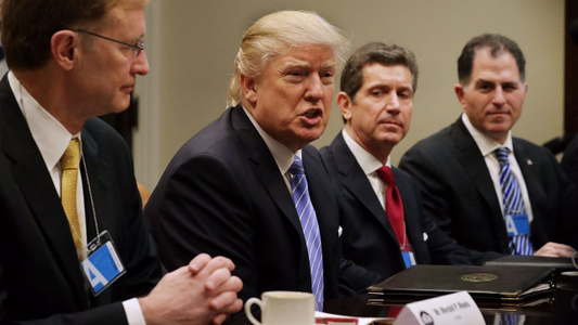 Trump Promises To -Massively- Reduce Taxes- Regulations For Businesses_38687437-159532