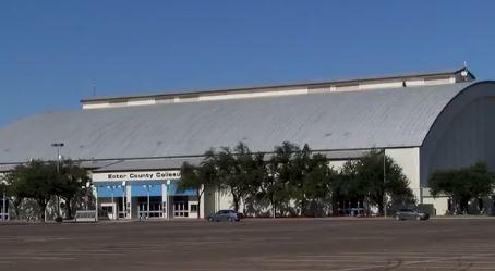 Coliseum_1497629485062.JPG