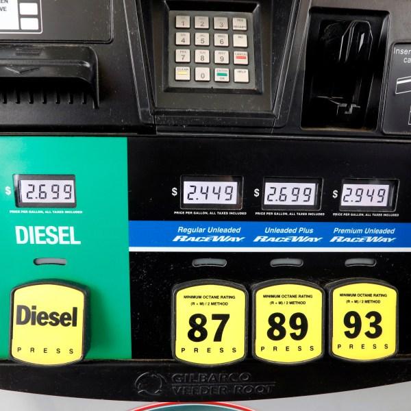 Rising_Gasoline_Prices_33415-159532-159532.jpg23501895