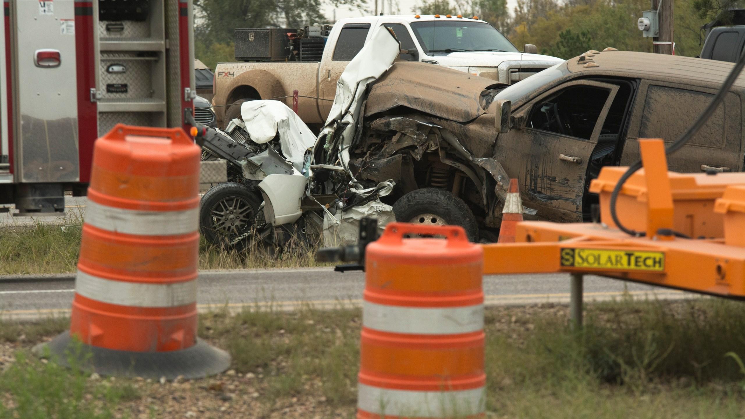 Crash stalls traffic on Interstate 20 in Odessa