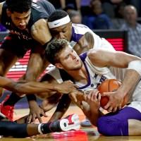 APTOPIX_Texas_Tech_Kansas_St_Basketball_46515-159532.jpg77772712