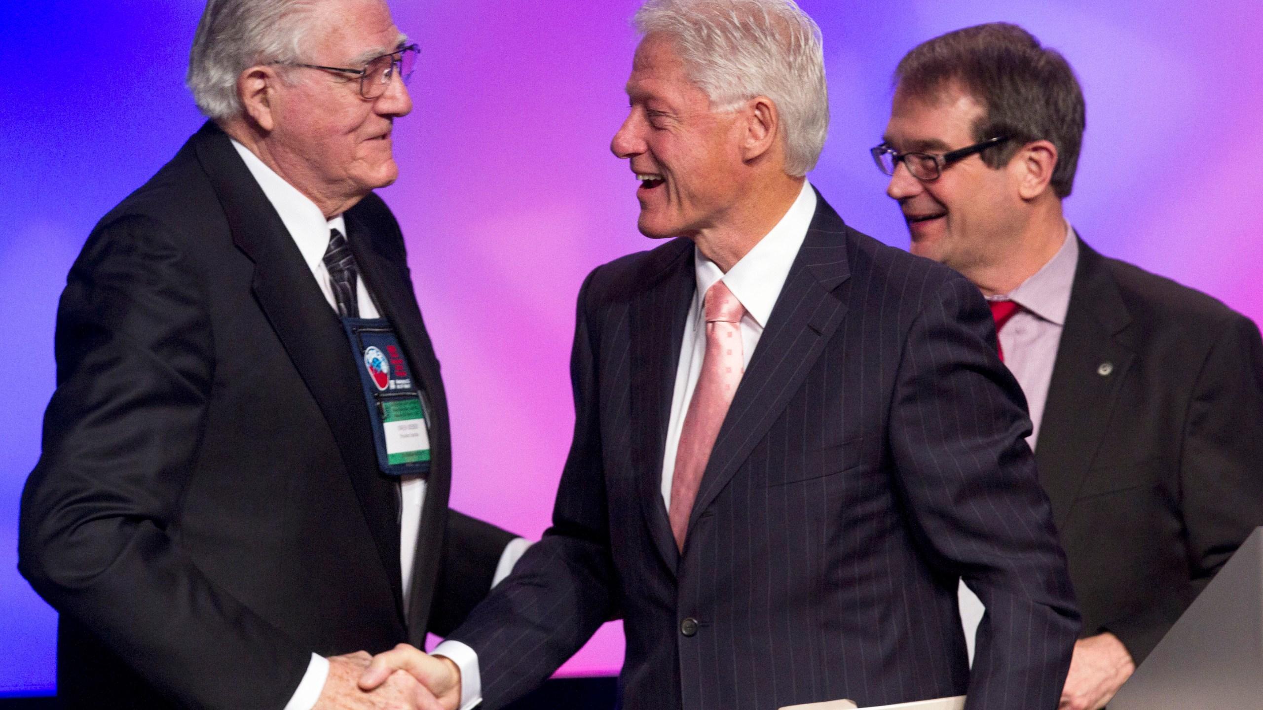 Bill Clinton, Bob King, Owen Bieber