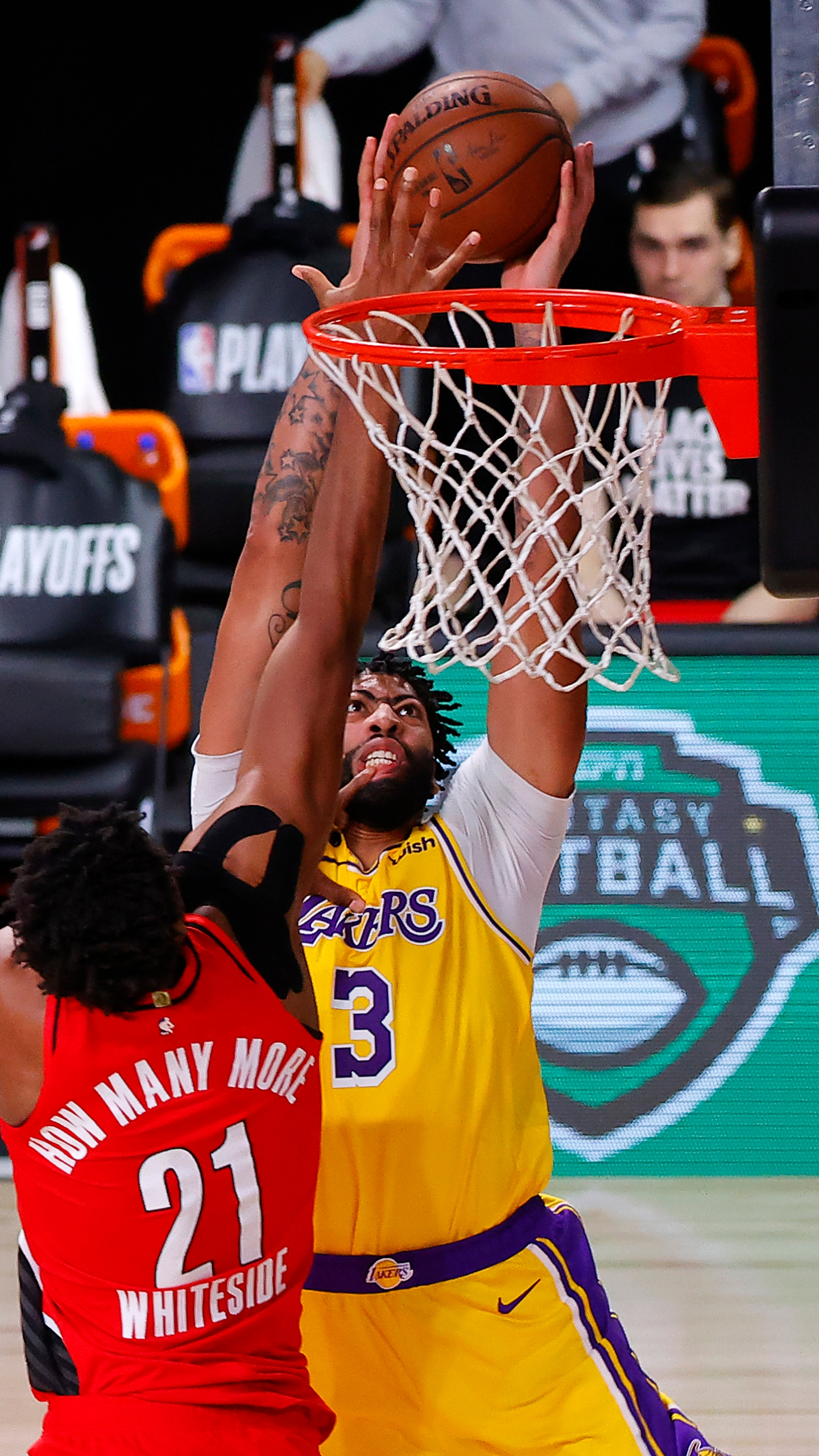 Anthony Davis helps Lakers rout Trail Blazers to tie series ...