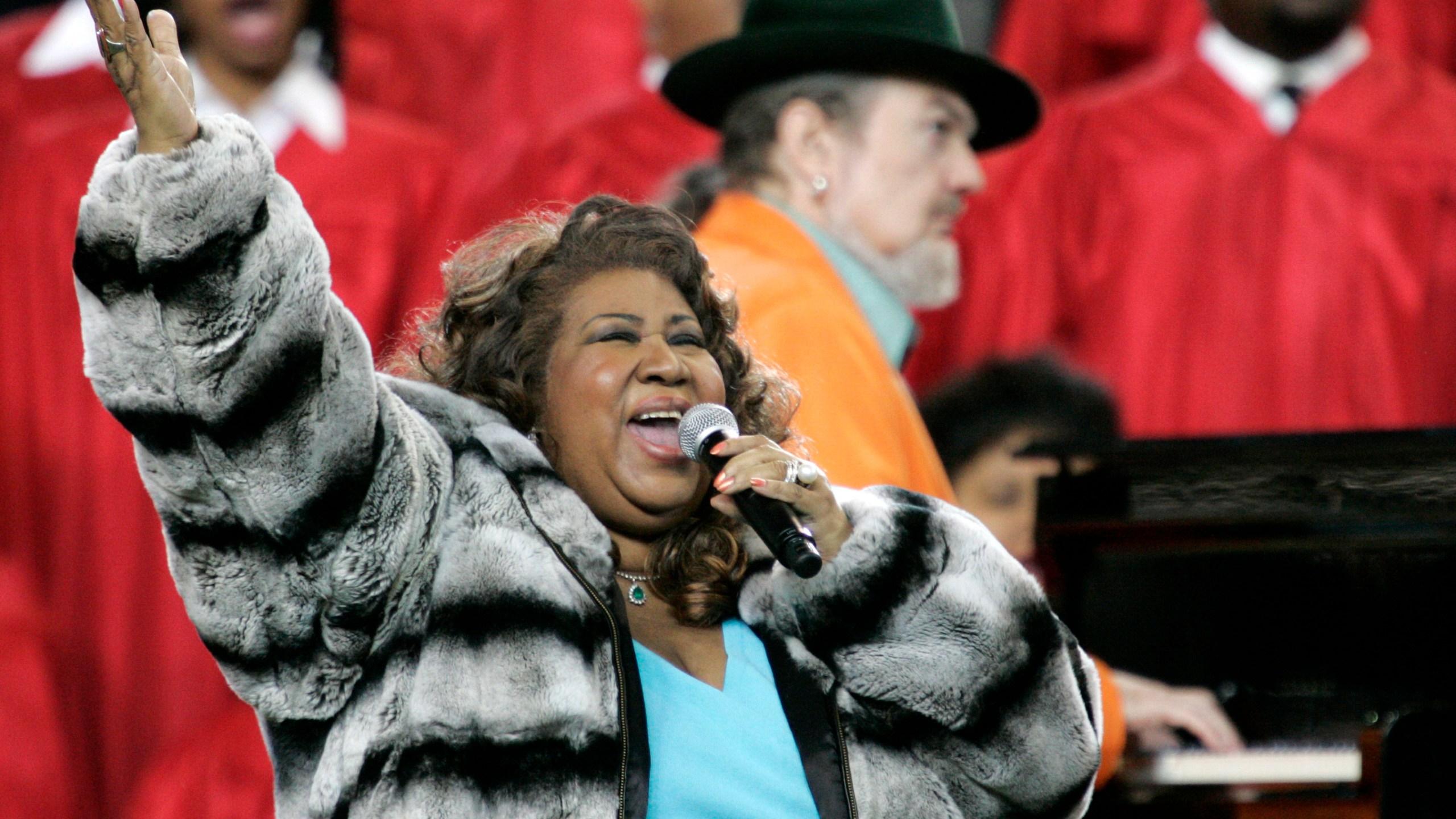 Aretha Franklin, FORD FIELD SEATTLE SEAHAWKS PITTSBURGH STEELERS FRANKLIN